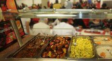 Guia do Instituto de Nutrição orienta sobre reabertura segura de restaurantes universitários no contexto pós-pandemia